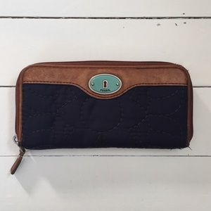 Fossil Key- per Quilted Zip Around Wallet